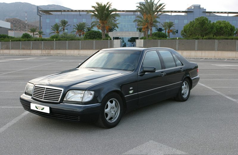 Mercedes S Class with driver (140) Rental VTC