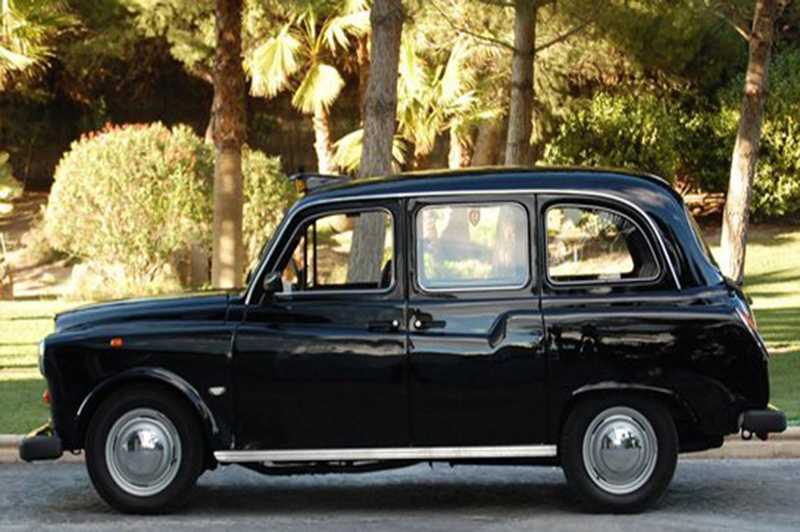 Carbodies London Taxi Inglés de Alquiler con Conductor – Coches de Alquiler en España