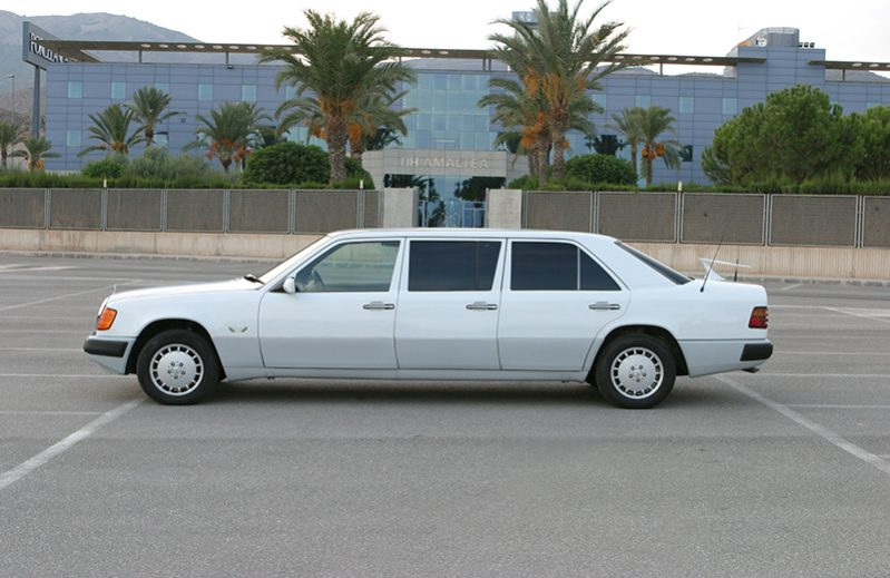 Mercedes 300D Turbo Limousine Rental with Driver VTC