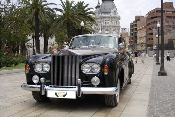 Rolls Royce Silver Cloud Rental with Driver VTC